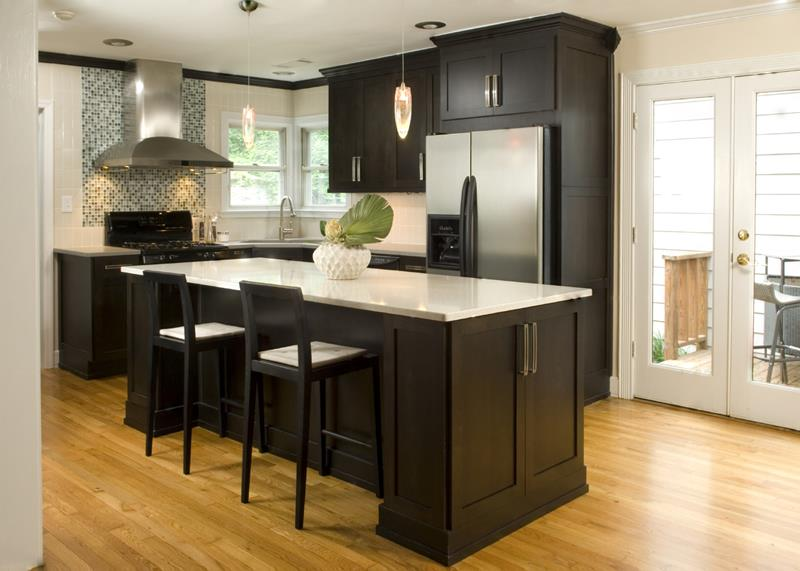 53 Charming Kitchens With Light Wood Floors-28