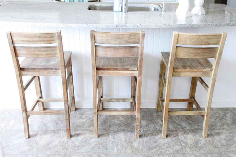A Guide to Different Types of Barstools and Counter Stools-5i