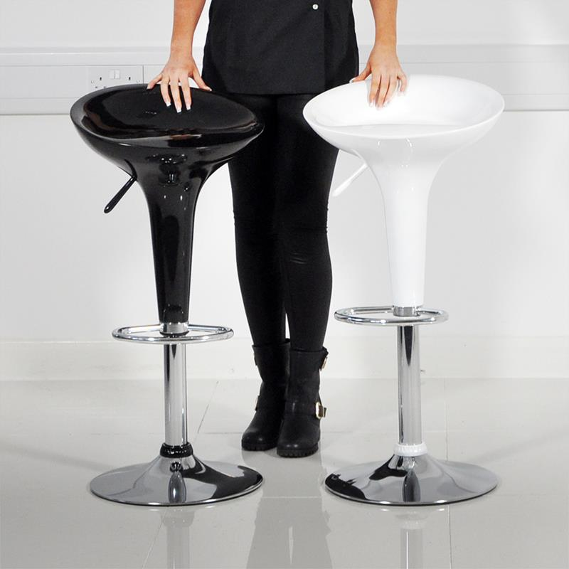 A Guide to Different Types of Barstools and Counter Stools-6e