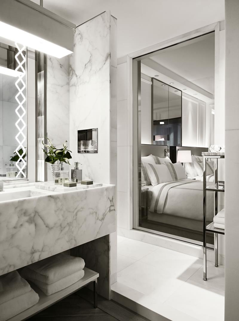 132 Custom Luxury Bathrooms-126