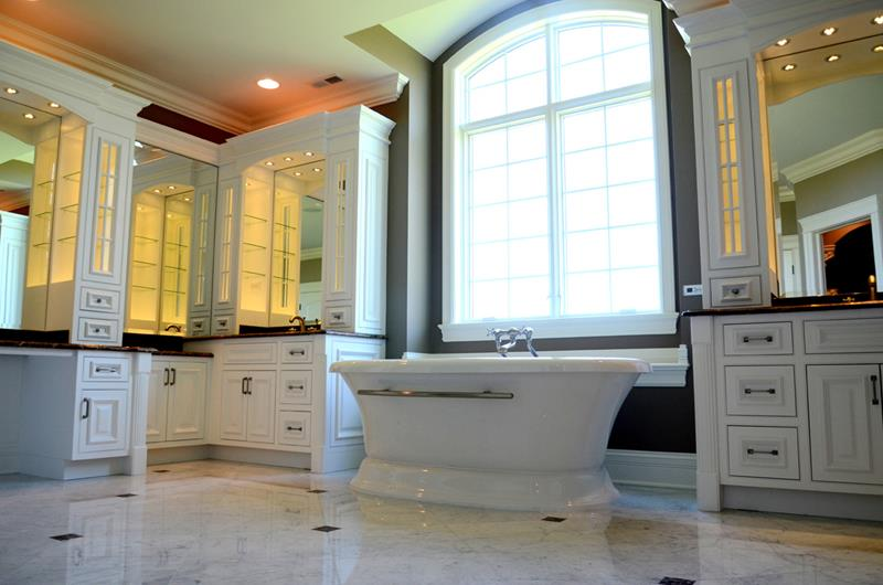 132 Custom Luxury Bathrooms-127