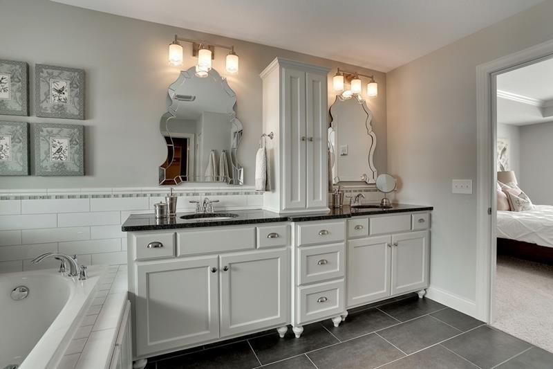 132 Custom Luxury Bathrooms-29