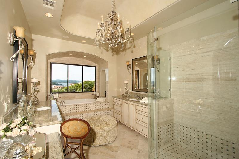 132 Custom Luxury Bathrooms-34