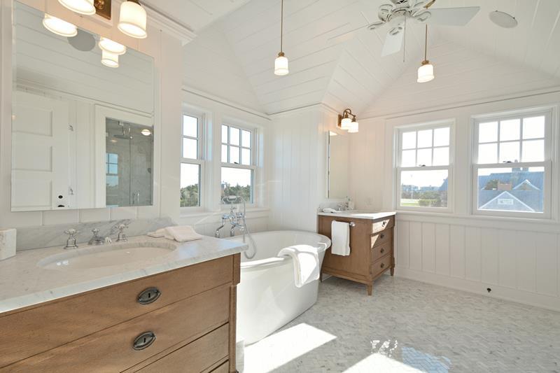 132 Custom Luxury Bathrooms-35