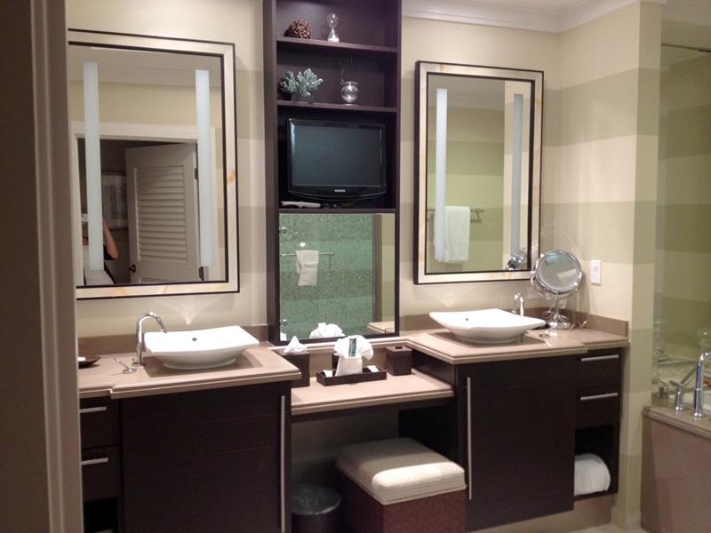 132 Custom Luxury Bathrooms-39