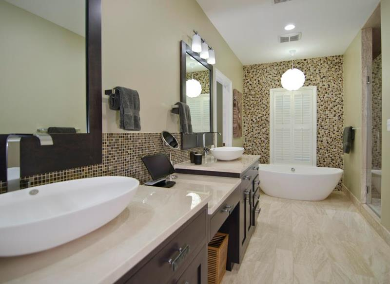 132 Custom Luxury Bathrooms-62