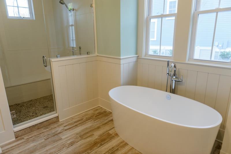132 Custom Luxury Bathrooms-70