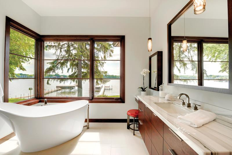 132 Custom Luxury Bathrooms-78