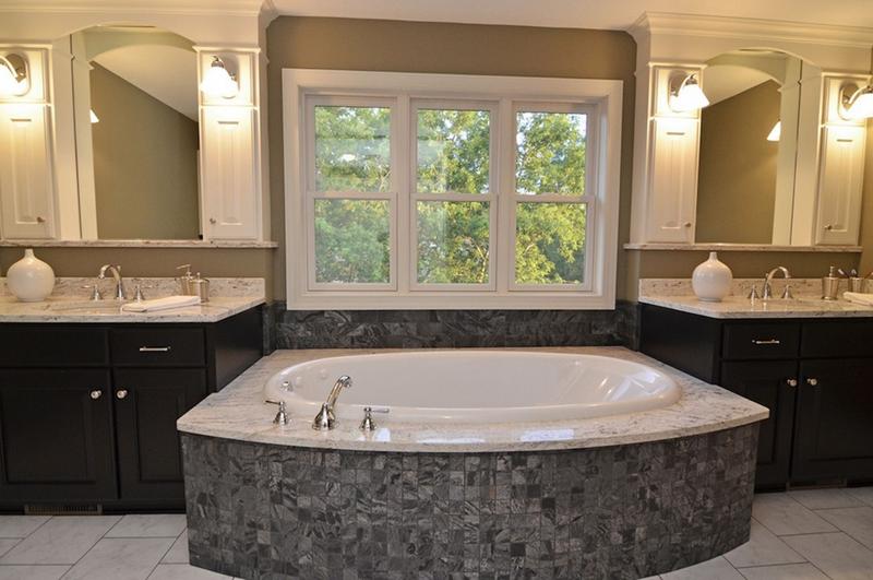 132 Custom Luxury Bathrooms-9