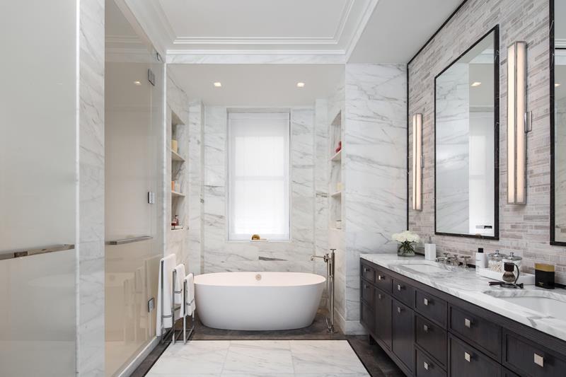 132 Custom Luxury Bathrooms-92