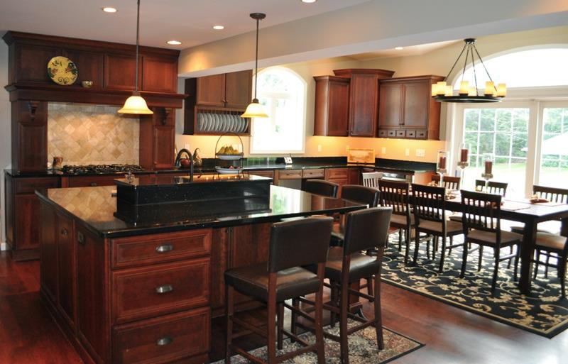 20 Beautiful Kitchens with Dark Kitchen Cabinets Design-18