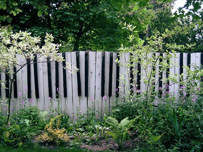 22 Awesome Fence Designs and Ideas-5