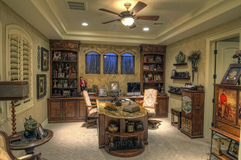 24 Luxury and Modern Home Office Designs-9