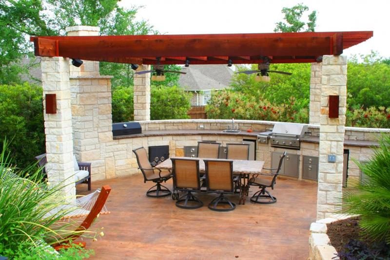 47 Outdoor Kitchen Designs and Ideas-40