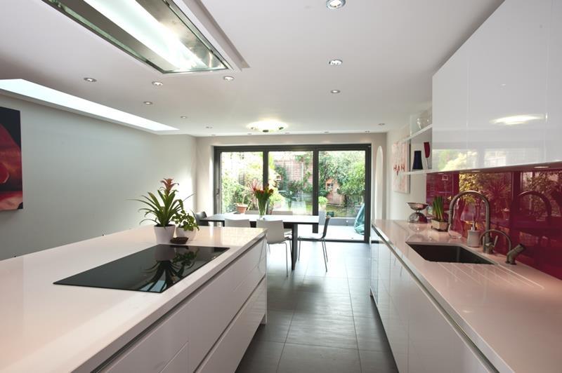 55 Luxury Contemporary Kitchen Designs-39