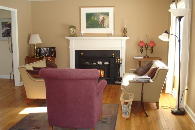 62 Gorgeous Small Living Room Designs-44
