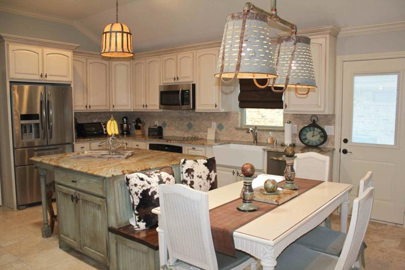 72 Luxurious Custom Kitchen Island Designs-47