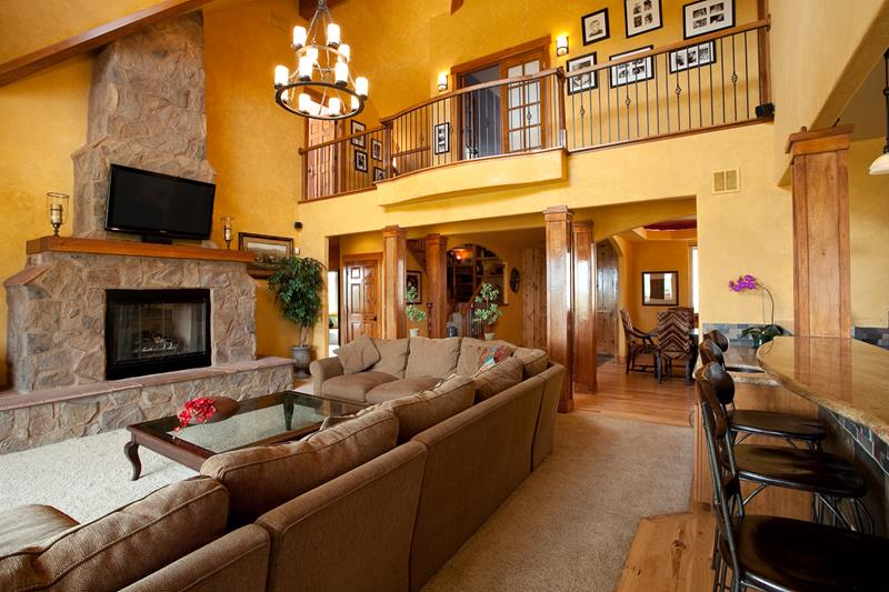 91 Designs For Casual and Formal Living Rooms-25