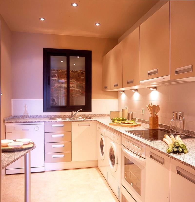22 Jaw Dropping Small Kitchen Designs-1