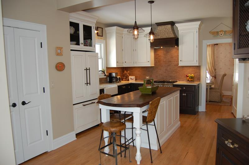 22 Jaw Dropping Small Kitchen Designs-6