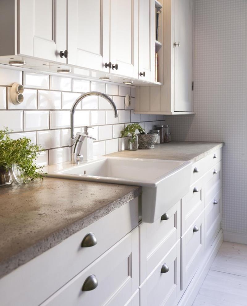 22 Stunning Kitchen Designs With White Cabinets-14