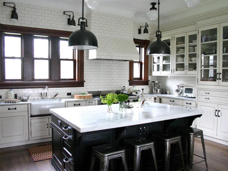 22 Stunning Kitchen Designs With White Cabinets-3