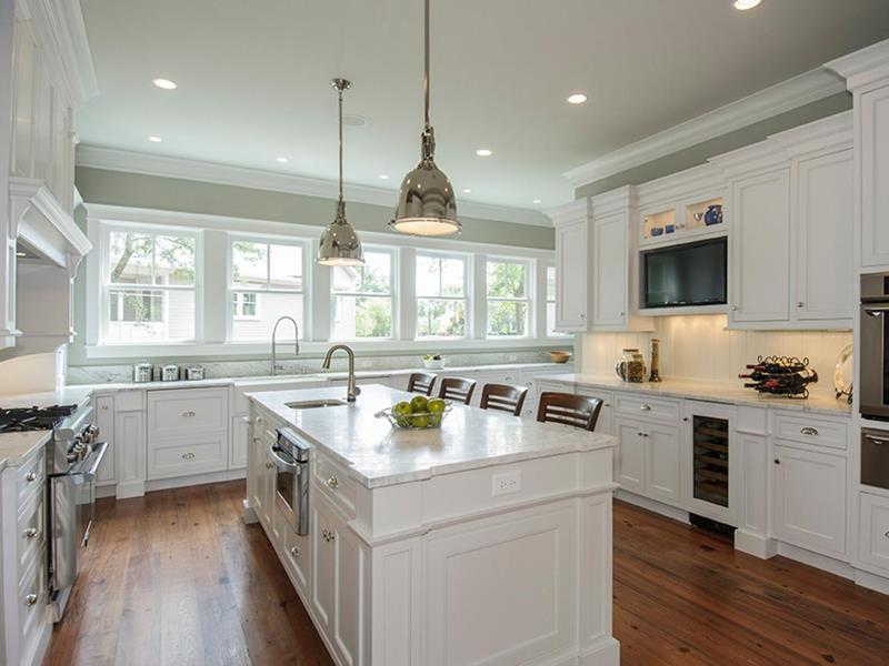 image named 22 Stunning Kitchen Designs With White Cabinets title