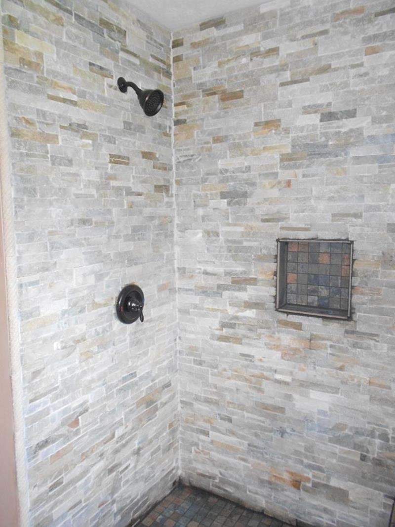 23 Stunning Tile Shower Designs-13