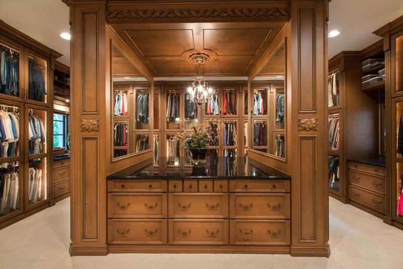 24 Jaw Dropping Walk In Closet Designs-14