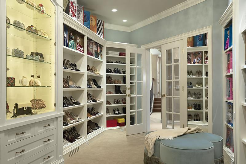 24 Jaw Dropping Walk In Closet Designs-18