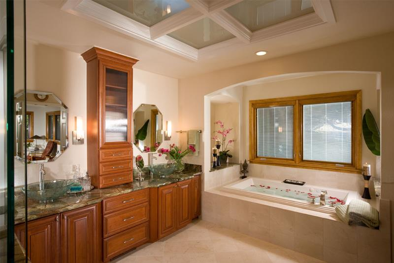 24 Luxury Master Bathrooms With Soaking Tubs-13