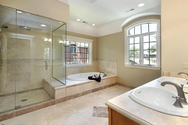 24 Luxury Master Bathrooms With Soaking Tubs-14