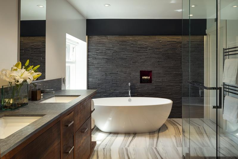 24 Luxury Master Bathrooms With Soaking Tubs-24
