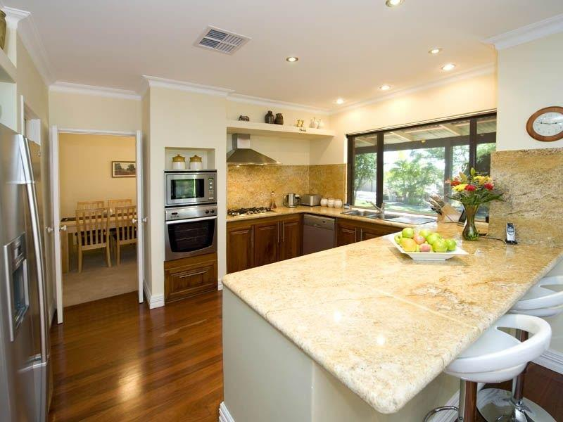 52 U Shaped Kitchen Designs With Style-25