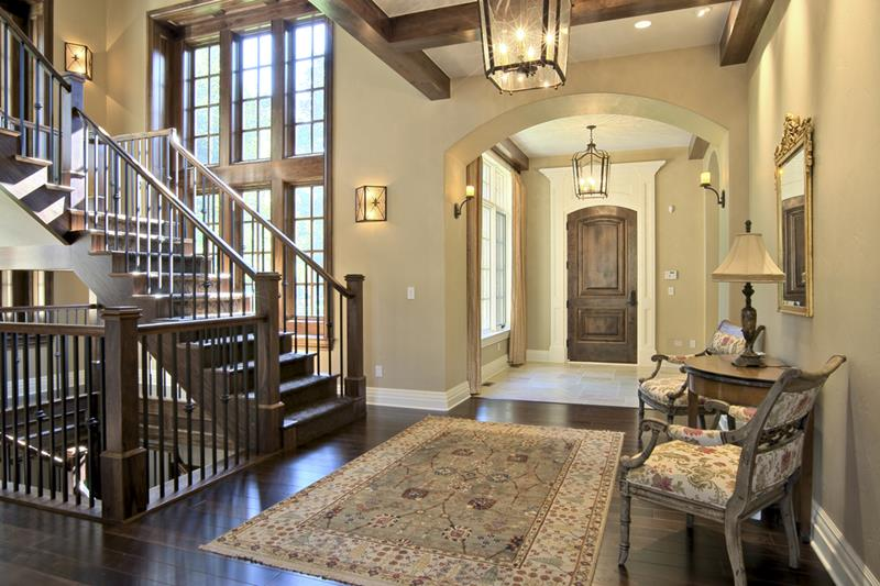 56 Beautiful And Luxurious Foyer Designs-29