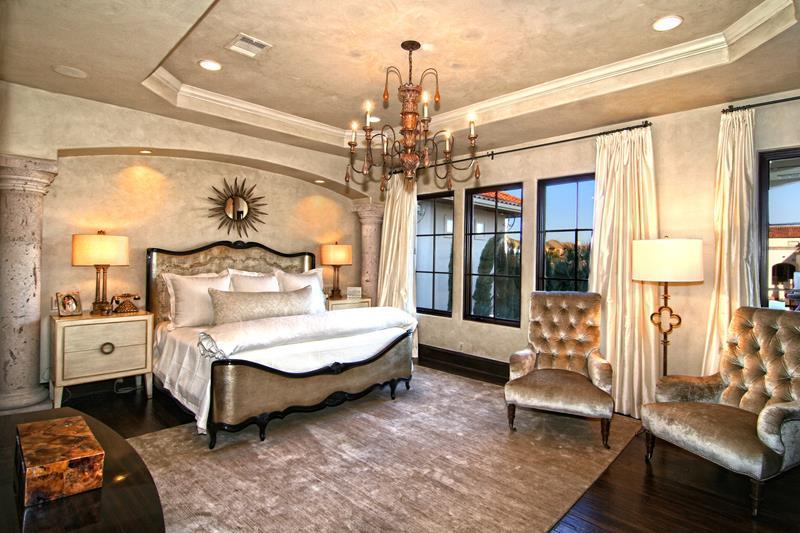 70 Custom Master Bedrooms-3