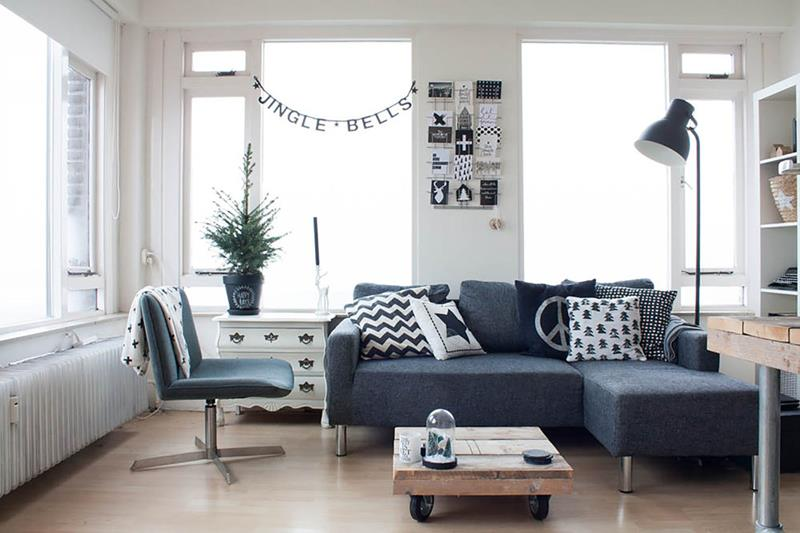 22 Living Room Designs With Sectionals-19