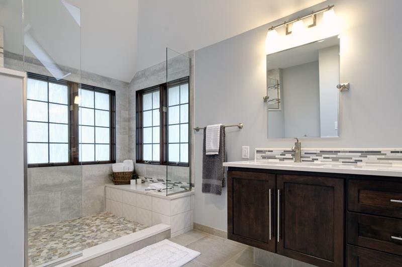 24 Beautiful Master Bathrooms-6