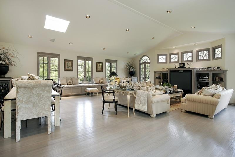 24 Living Rooms With Vaulted Ceilings-10