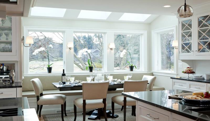 25 Beautiful Kitchens with Dining Tables-23