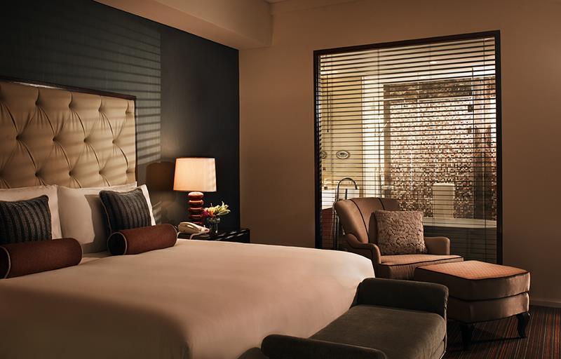 25 Beautiful Master Bedrooms-14