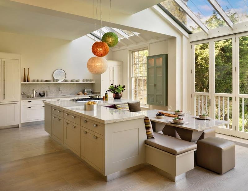 25 Stunning Kitchens with Big Windows-9
