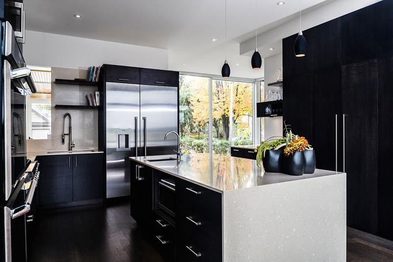 25 of the Hottest Kitchen Noir Designs-9