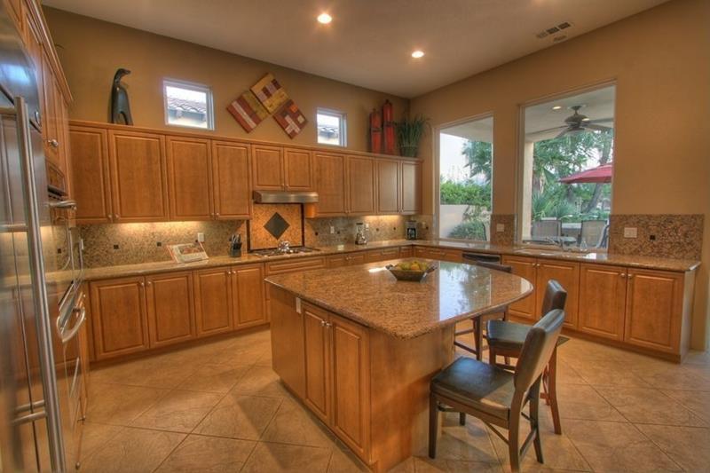 23 Brown Kitchen Designs-4