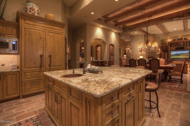 23 Brown Kitchen Designs-title