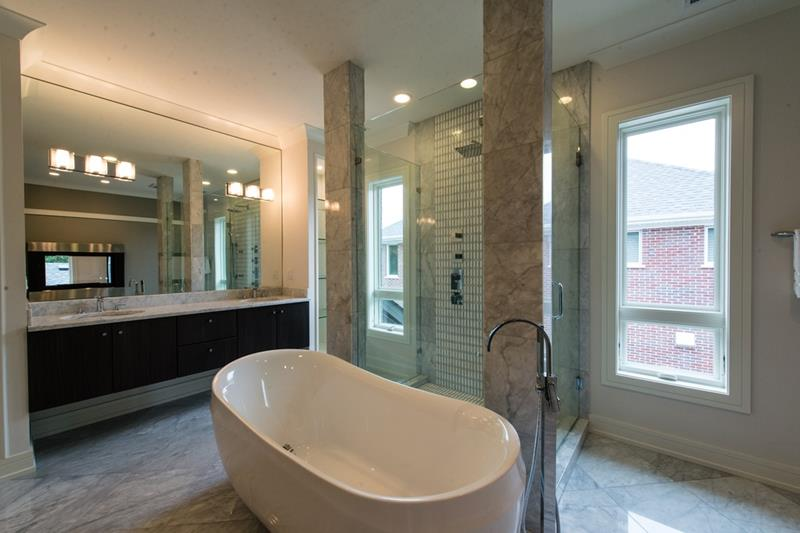 23 Marble Master Bathroom Designs-5