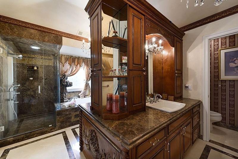 23 Marble Master Bathroom Designs-7