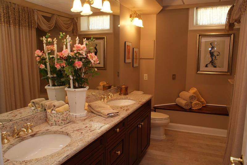 24 Brown Master Bathroom Designs-4