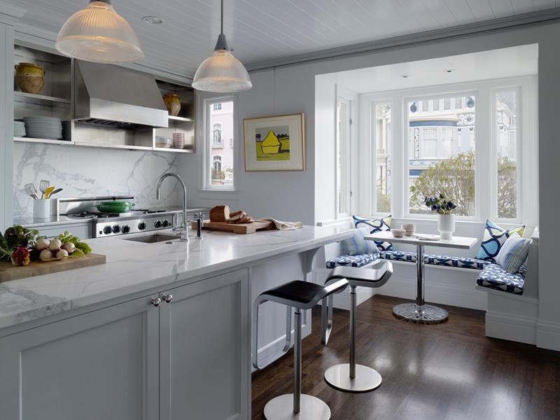 24 Kitchens with Breakfast Nooks-13