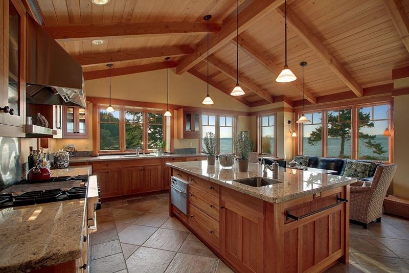 24 Kitchens with Jaw Dropping Cathedral Ceilings-10